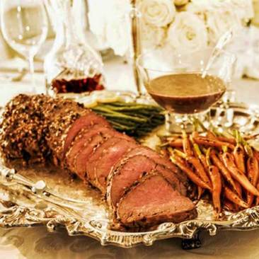 Tenderloin of Beef with Glazed Roasted Carrots
